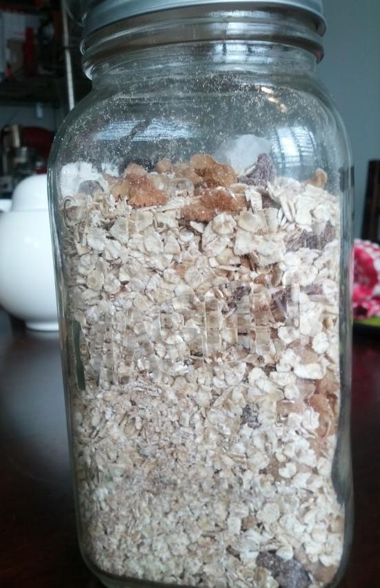 oatmeal jar mixed